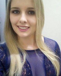 . . #selfie #nofilter #me #photography #photooftheday #night #instagood #instadaily #tb #l4l #r4r #happy #smile #instalike #picoftheday #saturday #saturdaynight #blondehair #blonde #dress #autumn #graduation #party #vsco #vscobrasil #brazil #br #semfiltro http://tipsrazzi.com/ipost/1504800354361323811/?code=BTiH_MTlrEj