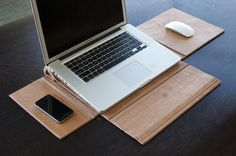 GreenCase: Laptop Case and Portable Workstation by Mika Becktor, via Behance