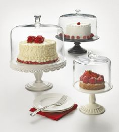 What better way to display a masterpiece? From the Martha Stewart Collection, available only at Macy's.