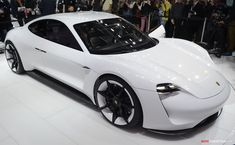 2015 Frankfurt Motor Show: Porsche Reveals 'Mission E' Concept