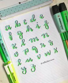 Bullet Journal Lettering Ideas, Bullet Journal Banner, Journal Fonts, Bullet Journal Notes, Bullet Journal Writing, Bullet Journal School, Bullet Journal Ideas Pages, Hand Lettering Tutorial, Hand Lettering Alphabet