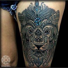 #legtattoo by @coenmitchell /// #⃣#Equilattera #Tattoo #Tattoos #Tat #Tatuaje #tattooed #Tattooartist #Tattooart #tattoolife #tattooflash #tattoodesign #tattooist #tattooer #tatted #tatt #Miami #Mia #Venezuela #lion #geometry #ink #art #linework #dotwork #blackwork #blackink #mandala #colortattoo #geometrictattoo . Posted by @WazLottus