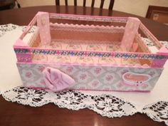 Decoupage, Design Crafts, Toy Chest, Toddler Bed, Cool Stuff, Toys, Storage, Ideas, Home Decor