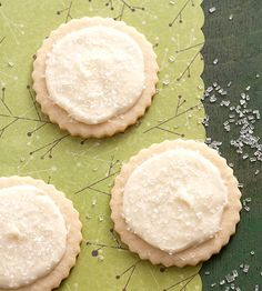 I know it's a little early, but these look DELISH! - Eggnog-Frosted Nutmeg Sugar Cookies