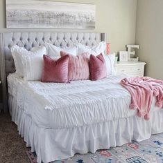 """They say """"goodbye is never easy"""" and that is certainly true as we prepare to retire our Chic White style. 😢 Did you know Chic White was one of the original Beddy's styles? It's timeless beauty has captured our hearts for years now but it's time to let it go. 📷: @houseofsmiths #beddys #zipperbedding #zipyourbed #girlbedding #girlbed #beddysbeds #girlyroom #girlsroomdecor #girlsroom #girlsroominspo #girlsroominspiration #girlsroomdecoration #girlsroomstyljng #girlystuff Shabby Chic Interiors, Shabby Chic Decor, Vintage Decor, Boho Decor, Bohemian Rug, Girls Bedroom, Master Bedrooms, Bedroom Ideas, Shared Bedrooms"""