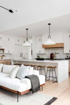 Interior Modern, Minimalist Home Interior, Interior Design Kitchen, Modern Minimalist Living Room, Minimalistic Kitchen, Interior Design With Wood, Modern Kitchen Design, Minimal Living Rooms, Minimal Home Design