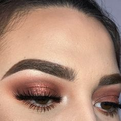 """5,495 Me gusta, 15 comentarios - dιѕcoverιng тнe υndιѕcovered (@undiscovered_muas) en Instagram: """"Ugh, PERFECTION! ✨ @glambycarlie #undiscovered_muas AMC"""""""