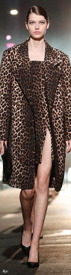 Only Fashion, High Fashion, Animal Print Fashion, Animal Prints, Michael Kors Fall, Danish Fashion, Leopard Animal, Michael Kors Collection, Casual Looks