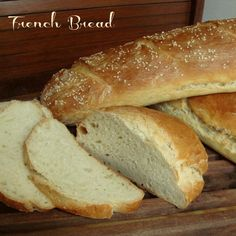 Crusty French Bread, So easy! This will come in handy since my entire family LOVES crusty bread! I Love Food, Good Food, Yummy Food, Bread Recipes, Cooking Recipes, Bread Bun, Our Daily Bread, Dessert, Dinner Rolls