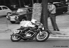 The Clubhouse Cafe Bultaco Motorcycles, Racing Motorcycles, Motorbikes, Bmw, Vintage Bikes, Road Racing, Old Photos, Old Things, Vehicles