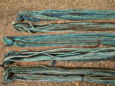 "5 different ways to finish handspun. Good info on ""fulling"""