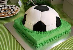 Hugo's Birthday Party – Soccer Theme Soccer Birthday Parties, Sports Birthday, Soccer Party, Birthday Party Themes, Soccer Wedding, Football Birthday Cake, Soccer Cake, Party Themes For Boys, Soccer Boys