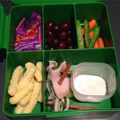 It's been awhile since I did a kid food post and figured I should share a few things. They are on different parts of the scale but alas, they are their o… Toddler Dinners, Kids Meals, Toddler Food, School Lunch, Lunch Ideas, Montessori, Good Things, Snacks, Easy