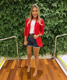 Classy Outfits, Chic Outfits, Summer Outfits, Fashion Outfits, Pink Blazer Outfits, Look Con Short, Skinny Dress Pants, Look Blazer, Moda Chic