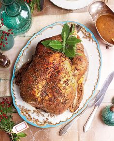Michel Roux's simple roast turkey is spread with a mix of peppercorns before cooking and served with a light ale sauce – a must-try recipe for Christmas Day. Roast Recipes, Sauce Recipes, Chicken Recipes, Cooking Recipes, Christmas Roast, Roasting Tins, Fresh Chicken, Roasted Turkey, Holiday Recipes