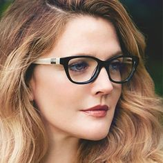 Game-Changing Makeup Tips for Ladies Who Wear Glasses Wegweisende Make-up-Tipps… – Brille Make-up Best Organic Makeup, Natural Makeup Tips, Lady Dior, Cute Makeup, Makeup Looks, Perfect Makeup, Lunette Style, Wedding Makeup Tips, Fashion Eye Glasses