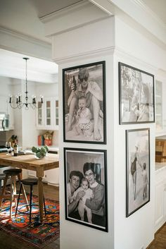 64 outstanding gallery wall decor ideas 9 ~ Design And Decoration Living Spaces, Living Room, Interior Decorating, Interior Design, Decorating White Walls, Decorating Ideas, Style At Home, Sweet Home, Gallery Wall