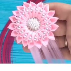 Kanzashi DIY Ribbon Flower with Beads Tutorial - Video - AmigurumiHouse Diy Lace Ribbon Flowers, Paper Flowers Craft, Cloth Flowers, Ribbon Art, Satin Flowers, Ribbon Crafts, Flower Crafts, Diy Crafts, Easy Fabric Flowers