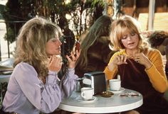 Goldie Hawn and Julie Christie in Shampoo (1975)