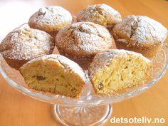 Her har du den type muffins som passer å spise når det er kaldt og drittvær ute, og du sitter inne i sofaen med et godt pledd rundt deg. Nydelig med en kopp te! Oppskriften gir 12 stk.