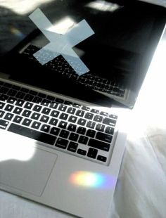 The xx macbook Tumblr Quality, Rainbow Aesthetic, Wreck This Journal, Tumblr Photography, Intj, Just In Case, Photo Wall Art, Geek Stuff, At Least