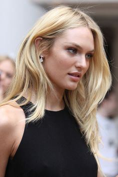 Candice Swanepoel A large collection of photos of beautiful girls on the beach, in the car, in the countryside. Hair Day, New Hair, Blonde Color, Hair Color, Hair Inspo, Hair Inspiration, Candice Swanepoel, Models, Hair Goals