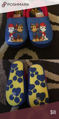 Size 7-8 paw patrol slippers, never worn My son didn't like how they felt in his feet so they are basically brand new! Size M or 7-8 in toddlers! Don't let them pass u by! Smoke free home, make me an offer and don't forget to bundle! Shoes Slippers
