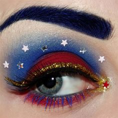 In order to enhance your eyes and also increase your attractiveness, using the best eye make-up tips will help. You need to be sure to put on make-up that makes you look even more beautiful than you already are. Beautiful Eye Makeup, Beautiful Eyes, Amazing Eyes, Awesome Makeup, Maquillage Wonder Woman, Makeup Art, Beauty Makeup, Makeup Ideas, Artistic Make Up