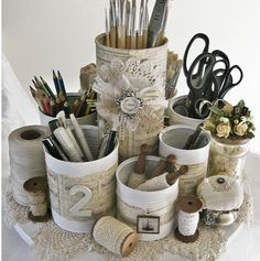 Recycled Tin Can Vintage Style Storage Caddy from Shabby Chic Inspired, Featured @totgreencrafts