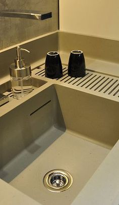Kitchen Sink Remodel 20 Revolution Kitchens Designs For 2018 - Decor Units Home Decor Kitchen, Kitchen Interior, New Kitchen, Copper Kitchen, Kitchen Ideas, Küchen Design, House Design, Contemporary Kitchen Design, Best Kitchen Designs