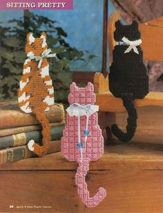 PRETTY KITTY SHELF SITTERS by TRUDY BATH SMITH 1/2