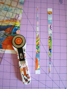 Paper Bead Tutorial. Very detailed and easy-to-follow instructions.