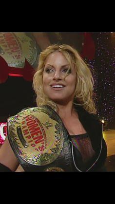 Trish Stratus 2000, Trish Stratus, Wrestling Divas, Women's Wrestling, Female Wrestlers, Wwe Wrestlers, Wwe Women's Championship, Wwe Trish, Wwe Raw Women
