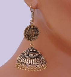 Goldpolish jhumi earring-2538[Regular Price:                                    $30.00                                                                    Now only:                                    $12.00]