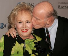 Doris Roberts and Peter Boyle. How fortunate for us that these two fine actors got paired and we got to watch them. RIP