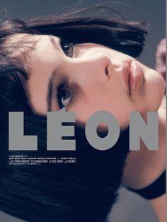 Leon the Professional - Natalie Portman Mathilda Lando, Cinema Posters, Movie Posters, Luc Besson, Jean Reno, Poster S, Love Movie, Grafik Design, Movies Showing