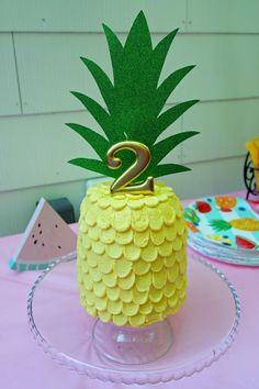 Two-tti Frutti Pineapple Cake Topper. Find more Tutti-Frutti summer party ideas here! #2ndbirthday #partyideas #partydecor #tuttifrutti #twottifrutti Fruit Birthday, Flamingo Birthday, 2nd Birthday Parties, Birthday Fun, Birthday Ideas, Luau Cakes, Fruit Party, First Birthdays, Pineapple Cake