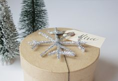 Tinsel Snowflake #Gift Topper | Make and Takes #holiday #Christmas #MichaelsStores
