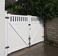 Custom Vinyl Driveway Gates Los Angeles CA, Buy Gates Simi Valley, San Fernando Valley Gate Manufacturer