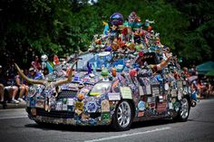 """These are some of the """"art"""" that was allowed to parade in Houston! Description from diecast.org. I searched for this on bing.com/images"""