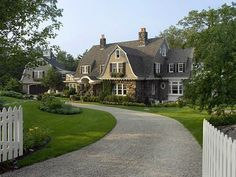 Perfect 1901 Gambrel Breathes Meaning to 'Country Charm' - House of the Day - Curbed National