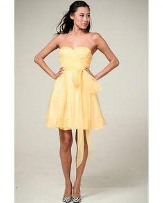 Love this bridesmaids dress.. cute!