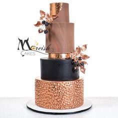 A breathtaking dramatic wedding cake from Moreish Cakes. Design inspo from The Foxtail Bake Shop Oregon - this Copper and earthy tones cakes was a huge hit on the 2018 series of Married At First Sight for Davina and Ryan's wedding on Channel 9 - More information available on the blog - https://www.moreishcakes.com.au/blog/2018/1/17/married-at-first-sight-season-5-2018-the-official-announcement-z59hd-pmrmn-974l5