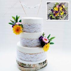 Wedding cake fresh flowers lace and burlap en boeket