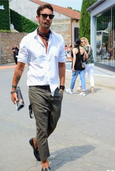 Ultimately, business casual attire is about making choices. You'll need one for just about each normal business casual outfit, Gents Fashion, Best Mens Fashion, Fashion Sale, Fashion Outlet, Fashion Photo, Fashion Fashion, Runway Fashion, Fashion Trends, Business Casual Attire