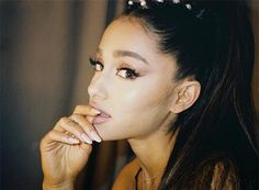 Image shared by tattoovogue. Find images and videos about beautiful, ariana grande and Queen on We Heart It - the app to get lost in what you love. Ariana Grande Fotos, Ariana Grande Pictures, Ariana Grande Nails, Jessie J, Nicki Minaj, Selena Gomez, Rihanna, Photo Star, Dangerous Woman Tour