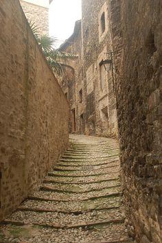 Lovely narrow alley in Spoleto, Italy.
