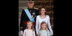 La nueva familia real española en torno al rey Felipe VI