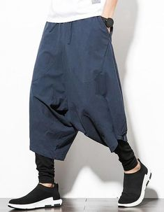Gender: MenItem Type: Full LengthModel Number: Type: Elastic WaistPant Style: Harem PantsStyle: Chinese StyleLength: Calf-Length PantsBrand Name: MR-DONOOWaist Type: MidFit Type: LooseThickness: MidweightMaterial: CottonDecorati. Drop Crotch Joggers, Baggy Shorts, Baggy Clothes, Langer Mantel, Islamic Clothing, Cropped Trousers, New Blue, Pants Pattern, Urban Fashion