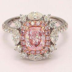 @the__bijoux. Fancy pink diamonds ring #the_bijoux #chic #solitaire